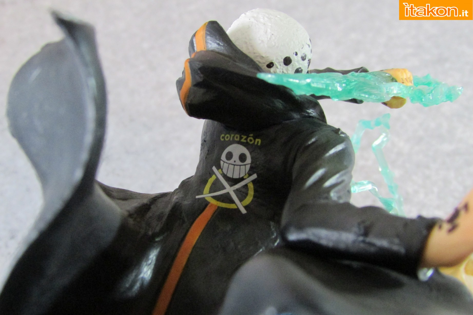 Link a One Piece Trafalgar Law Gamma Knife Figuarts ZERO Chou Gekisen Extra Battle Recensione Review Itakon.it 23