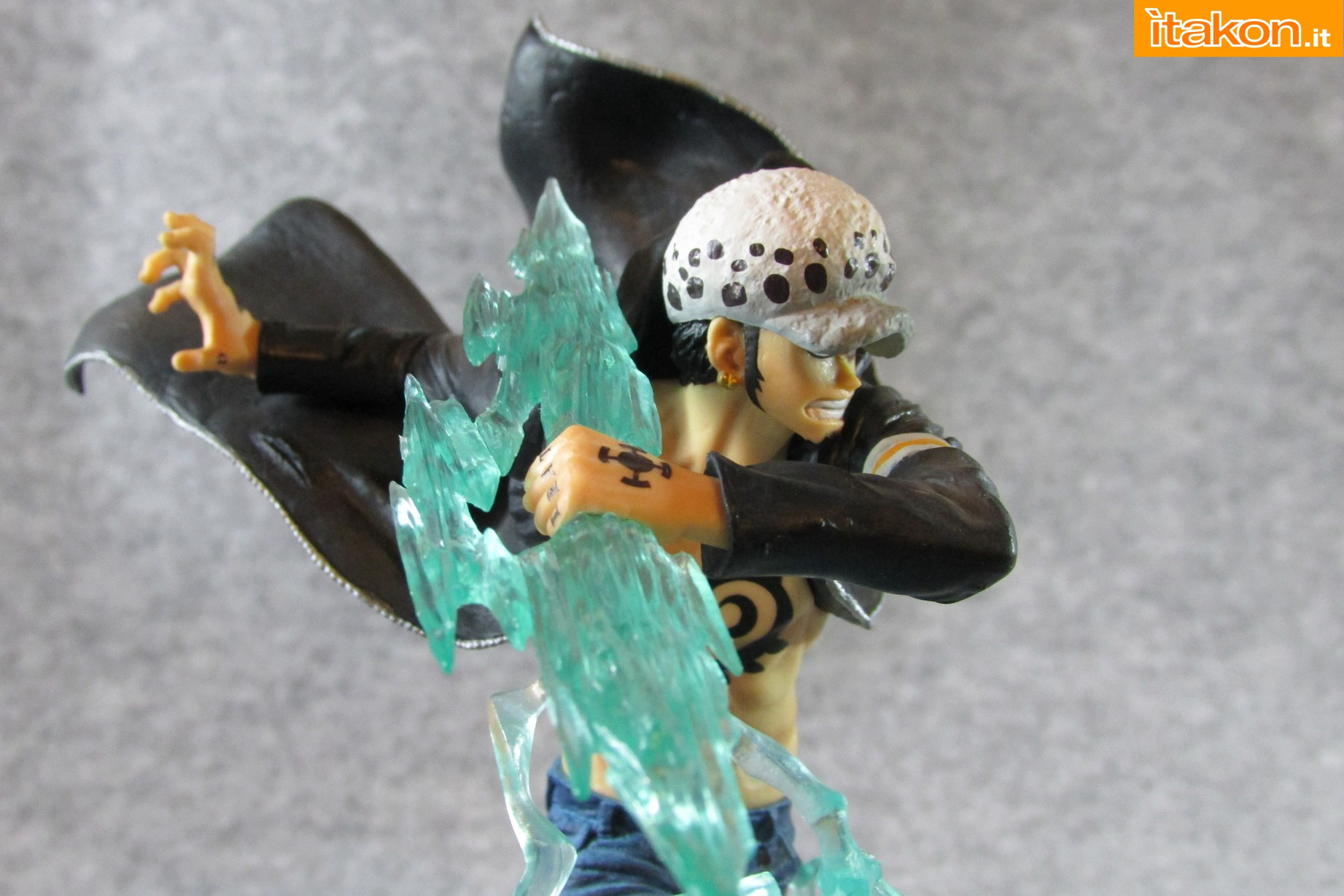 Link a One Piece Trafalgar Law Gamma Knife Figuarts ZERO Chou Gekisen Extra Battle Recensione Review Itakon.it 24