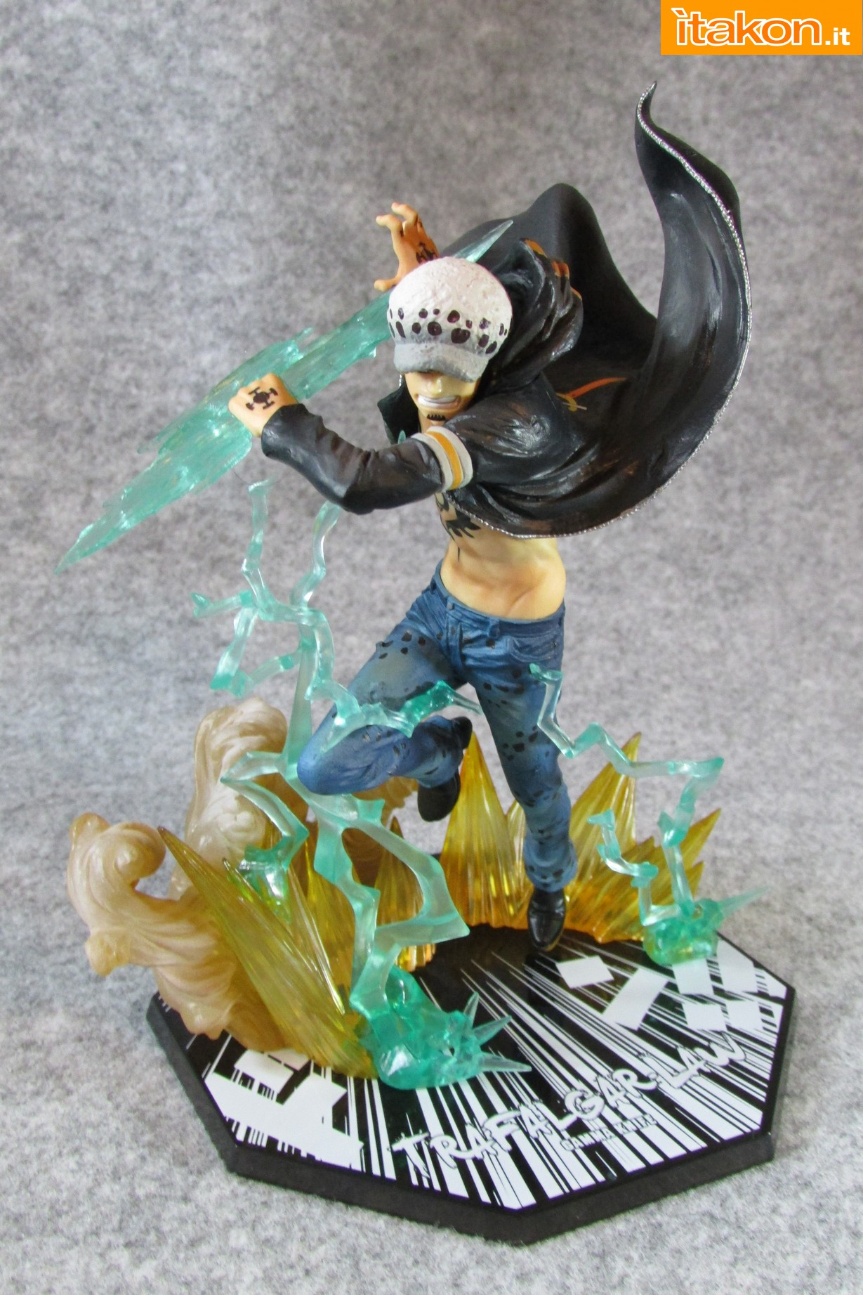 Link a One Piece Trafalgar Law Gamma Knife Figuarts ZERO Chou Gekisen Extra Battle Recensione Review Itakon.it 26