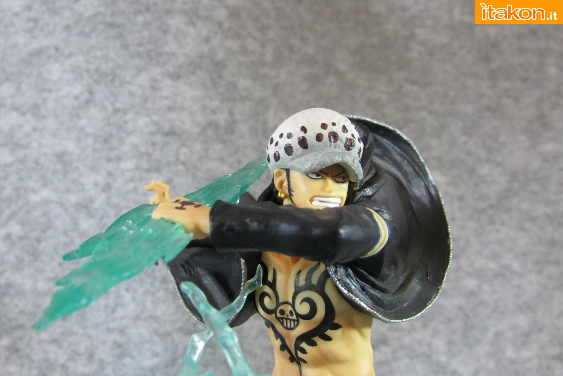 Link a One Piece Trafalgar Law Gamma Knife Figuarts ZERO Chou Gekisen Extra Battle Recensione Review Itakon.it 48