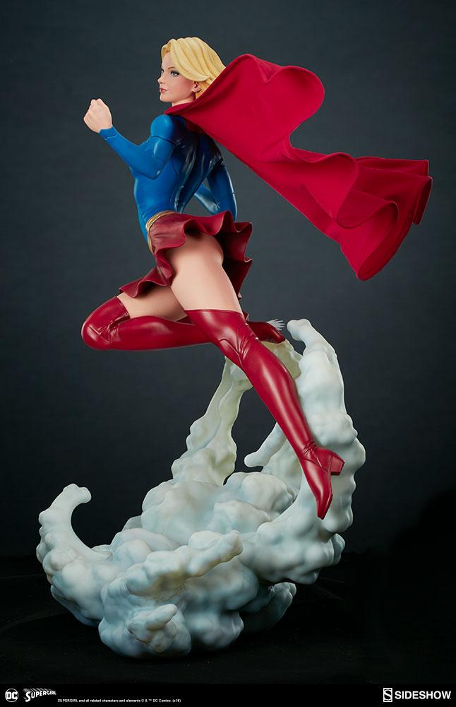 Link a dc-comics-supergirl-premium-format-figure-sideshow-300670-08