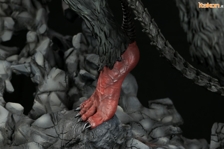 Link a Itakon_Amon_Devilman_Figurama_Review-15