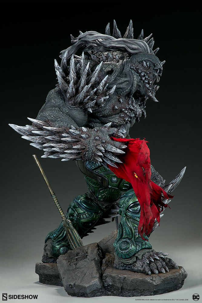 Link a dc-comics-doomsday-maquette-sideshow-300680-08
