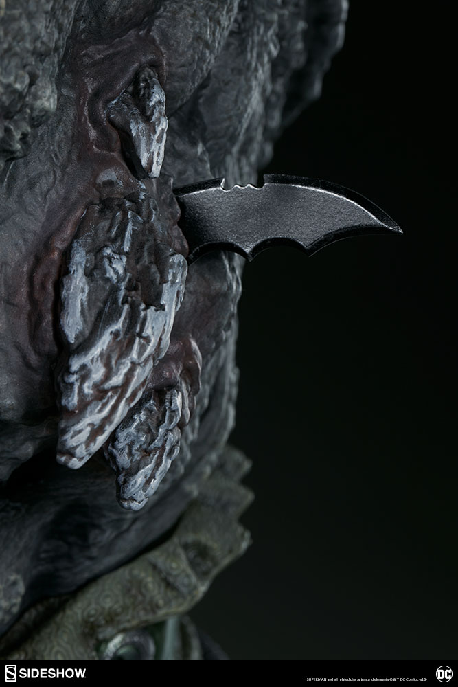Link a dc-comics-doomsday-maquette-sideshow-300680-23