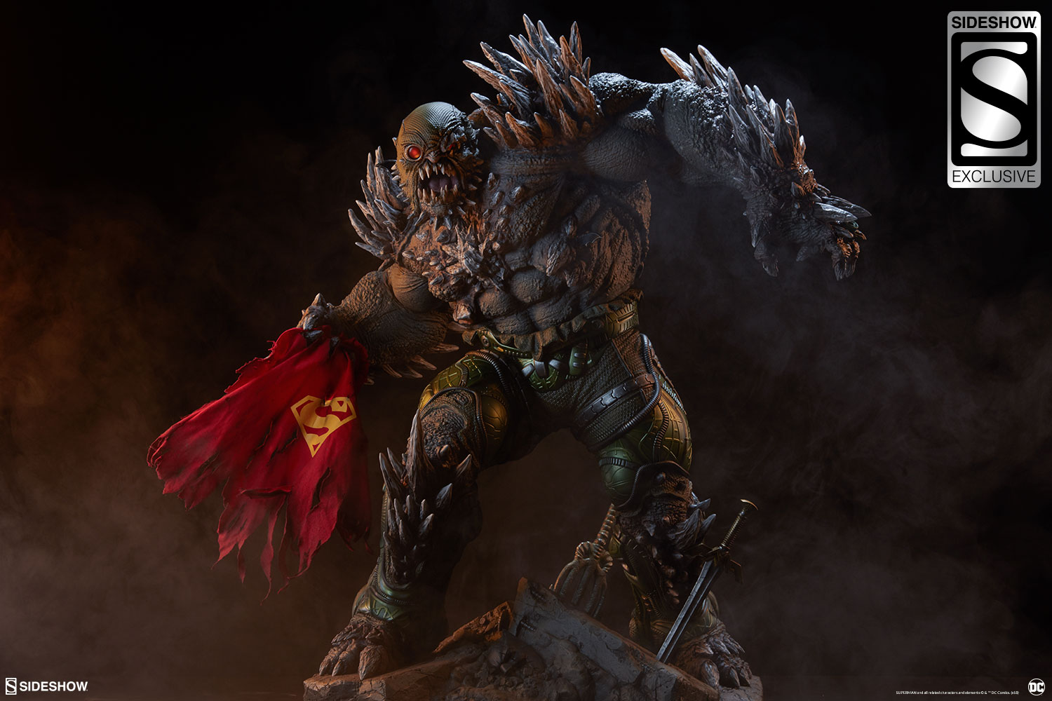 Link a dc-comics-doomsday-maquette-sideshow-3006801-03