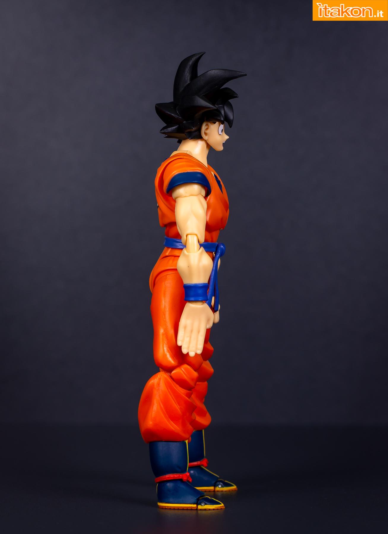 Link a Bandai Son Goku recensione-17