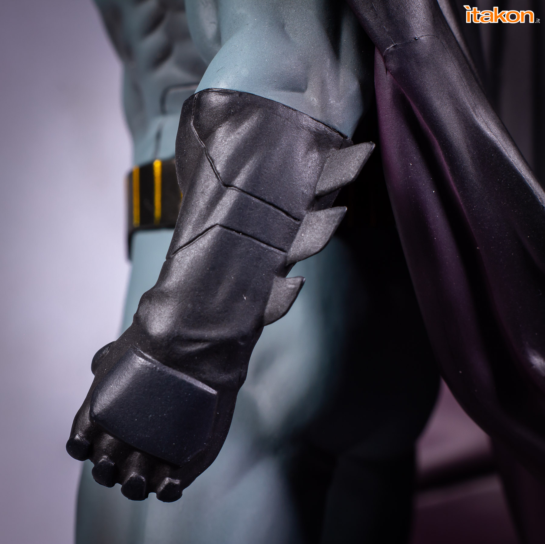 Link a Batman Rebirth Kotobukyia review recensione-42