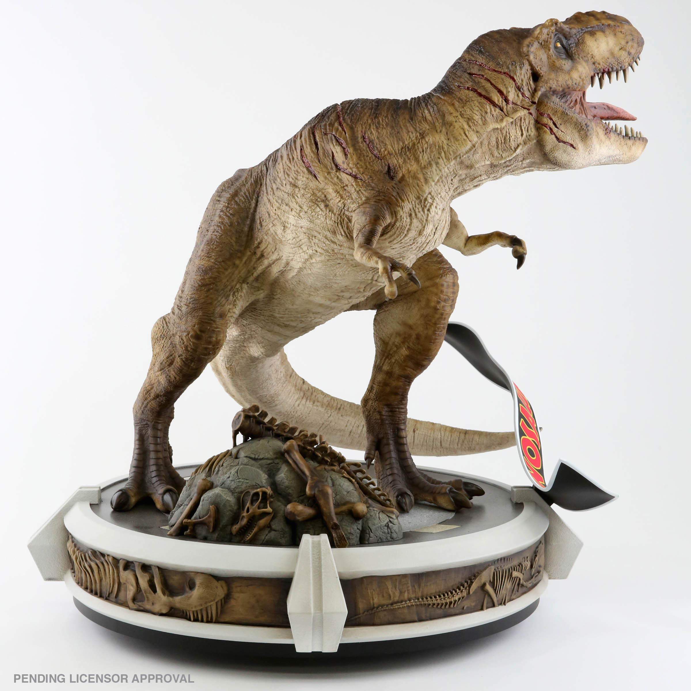 Link a Chronicle-Jurassic-Park-Rotunda-T-Rex-008