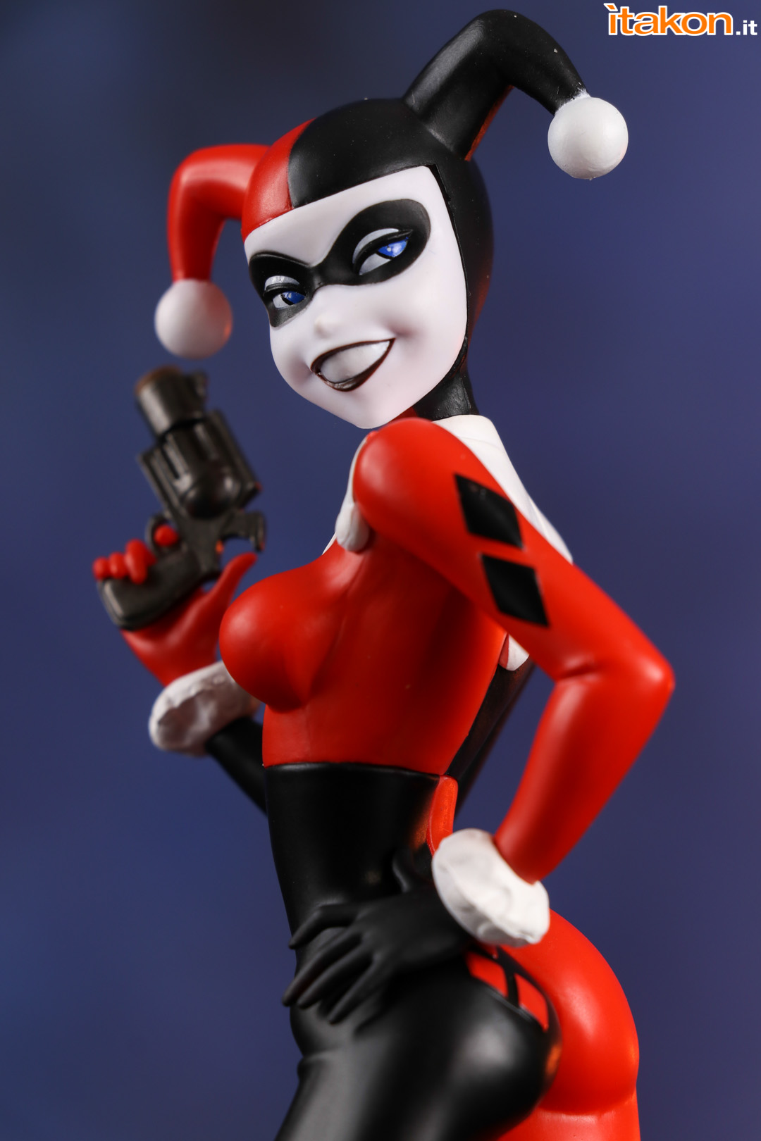 Link a Harley Quinn Koto012