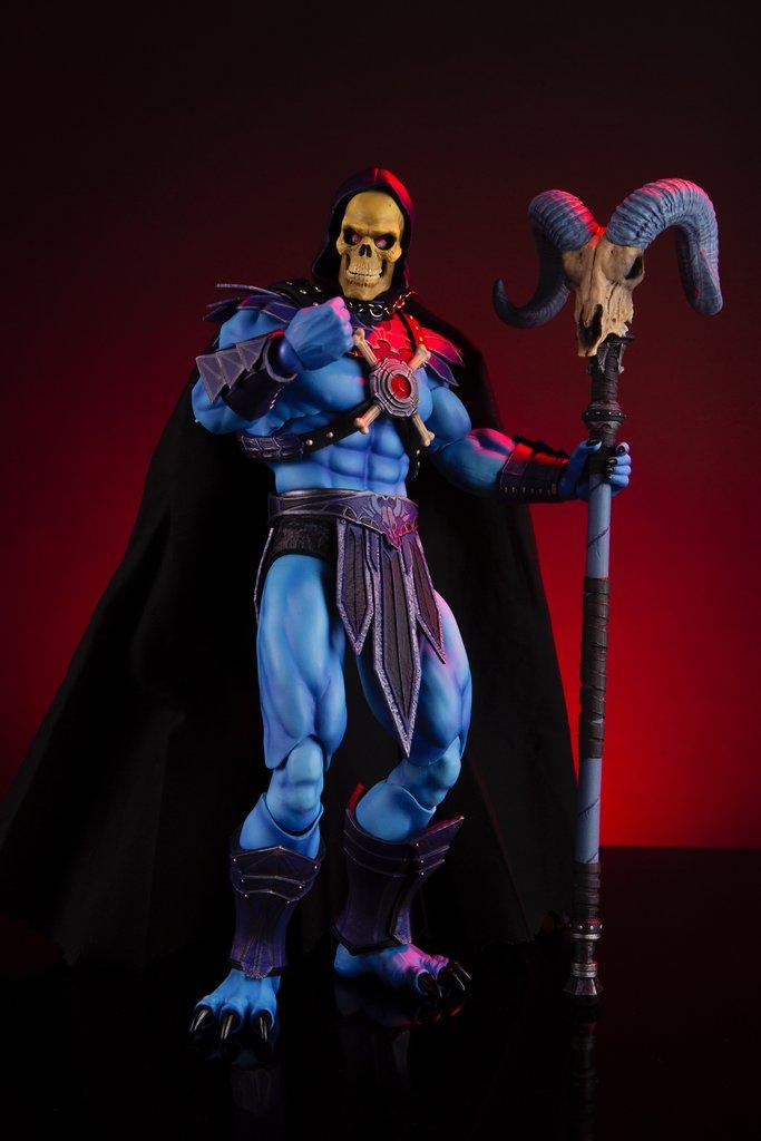 Link a Mondo-MOTU-Skeletor-017