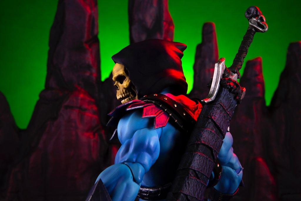 Link a Mondo-MOTU-Skeletor-019