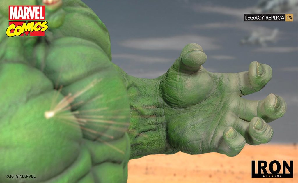 Link a Iron-Studios-Hulk-Statue-023
