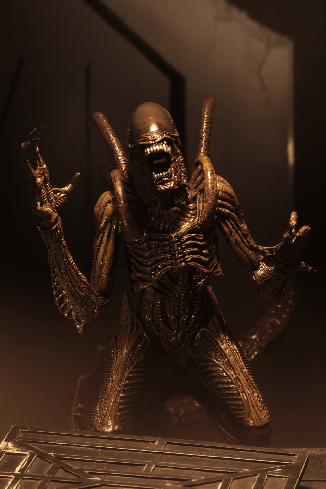 Link a Aliens-Series-14-NECA-016