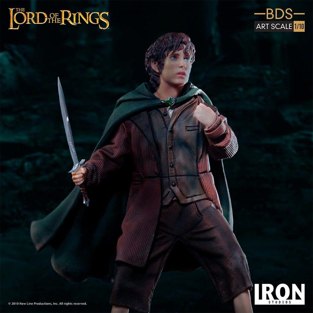 Link a Iron-Studios-Frodo-Statue-007