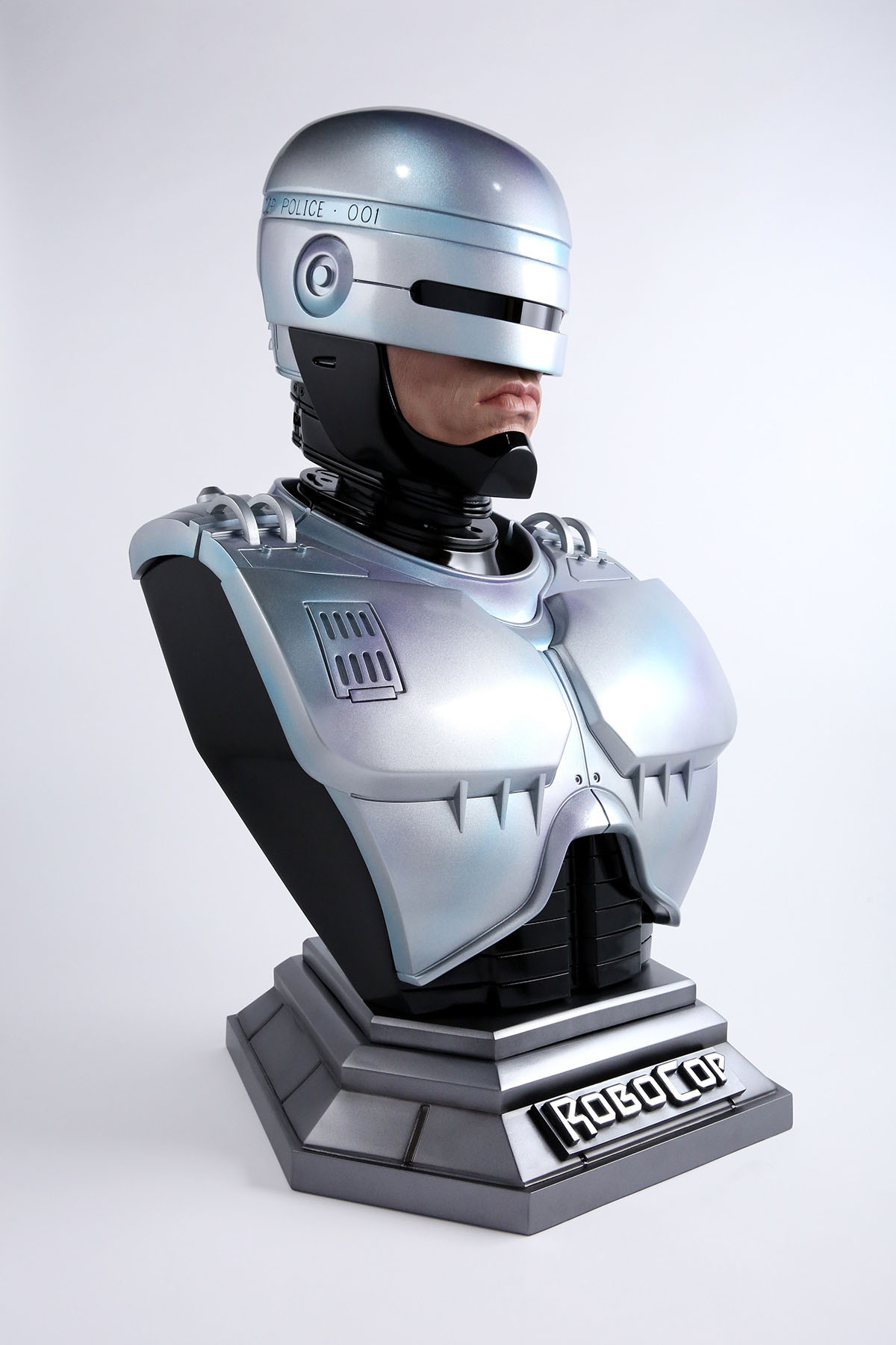 Link a Chronicle-Robocop-Life-Size-Bust-007