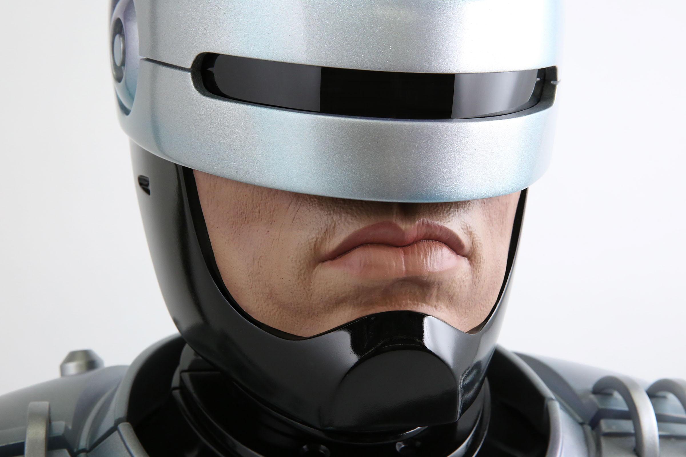 Link a Chronicle-Robocop-Life-Size-Bust-009
