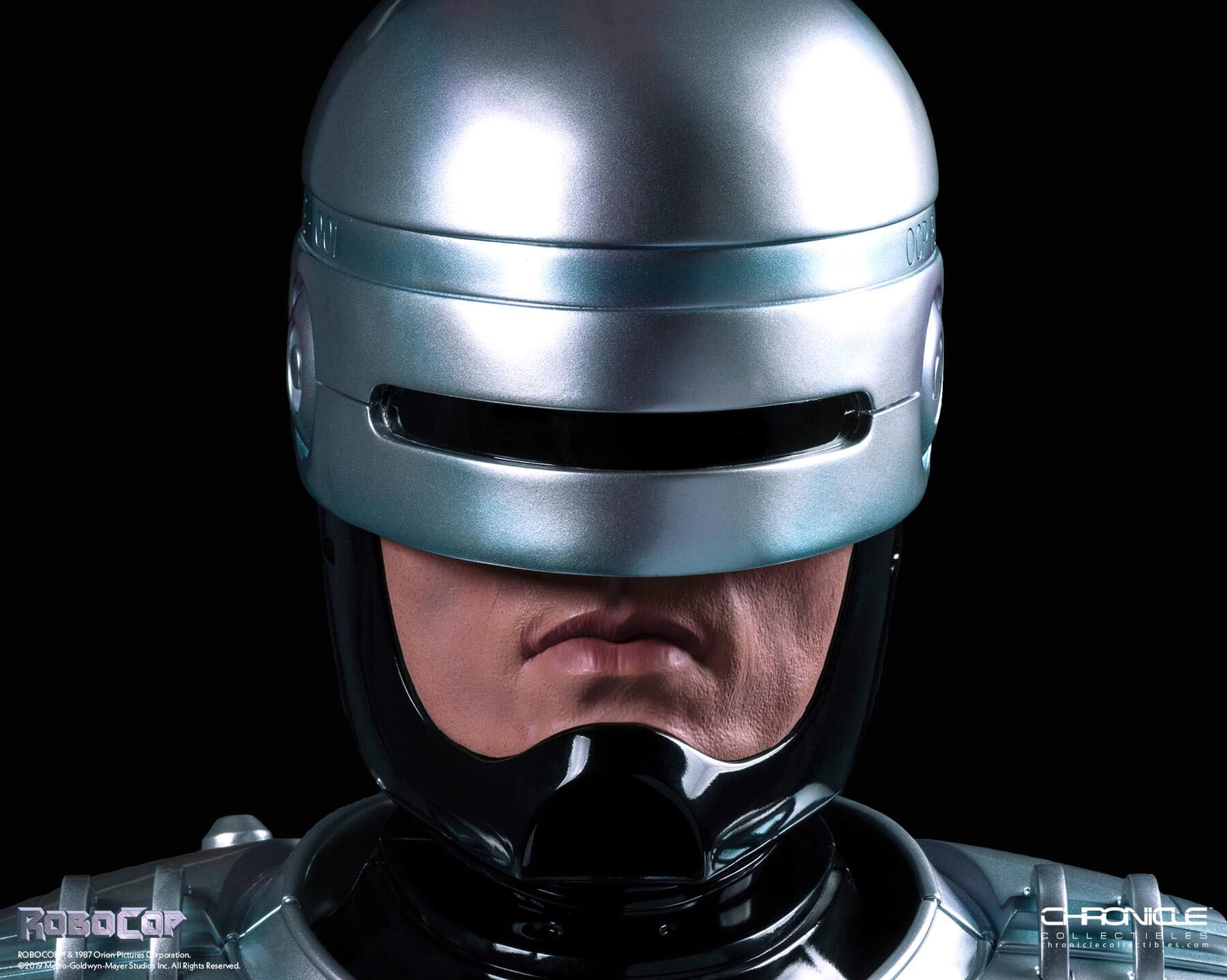 Link a Chronicle-Robocop-Life-Size-Bust-Update-001