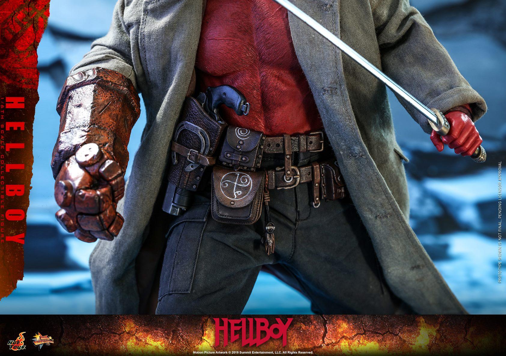 Link a Hellboy-2019-Hot-Toys-004