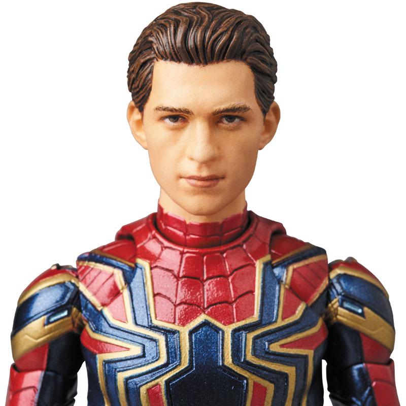 Link a Avengers Infinity War Iron Spider MAFEX Medicom Toy Itakon.it 07