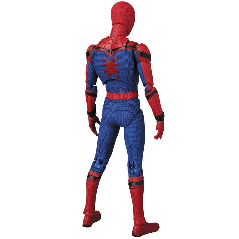 Link a Spider-Man Homecoming Spider-Man MAFEX Medicom Toy Itakon.it 04