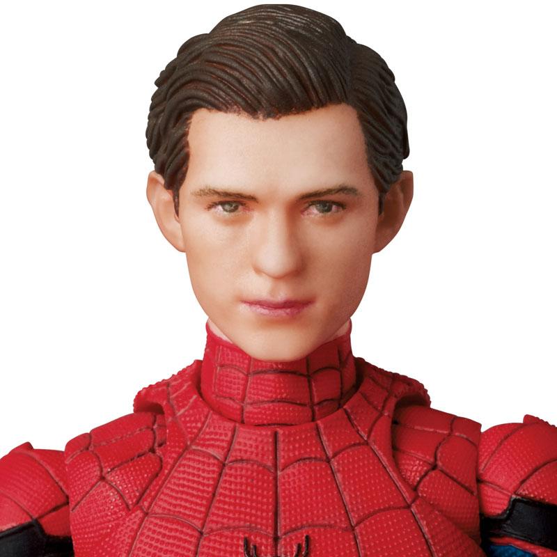 Link a Spider-Man Homecoming Spider-Man MAFEX Medicom Toy Itakon.it 08