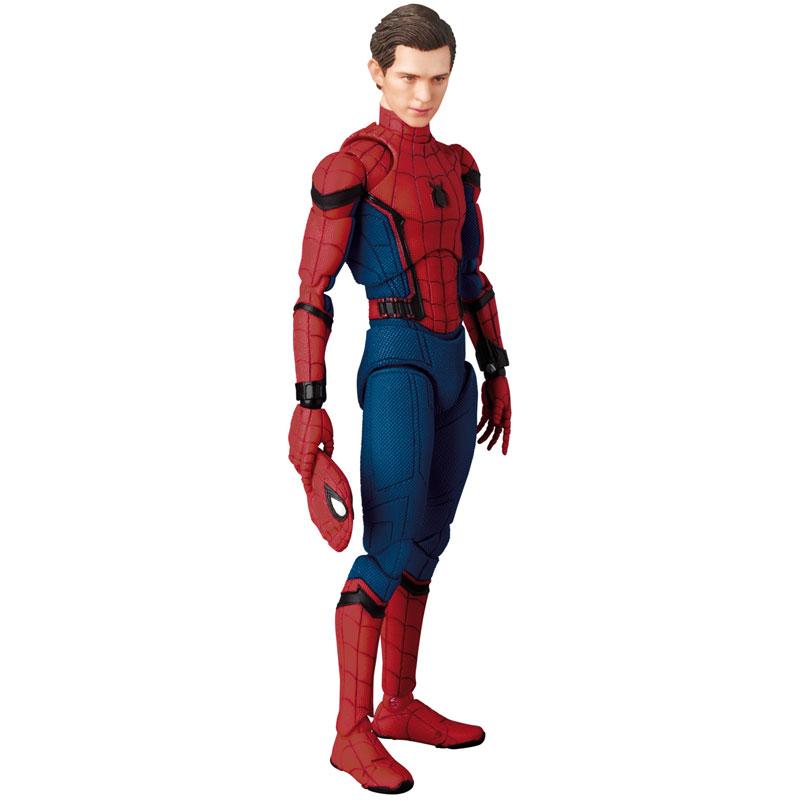Link a Spider-Man Homecoming Spider-Man MAFEX Medicom Toy Itakon.it 12