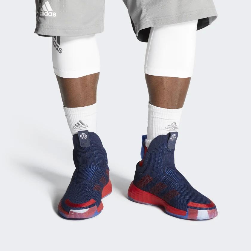 Link a adidas-marvel-3