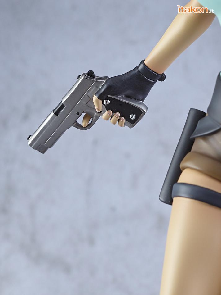 Link a Lara_Croft_Gaming_Heads_01_0097