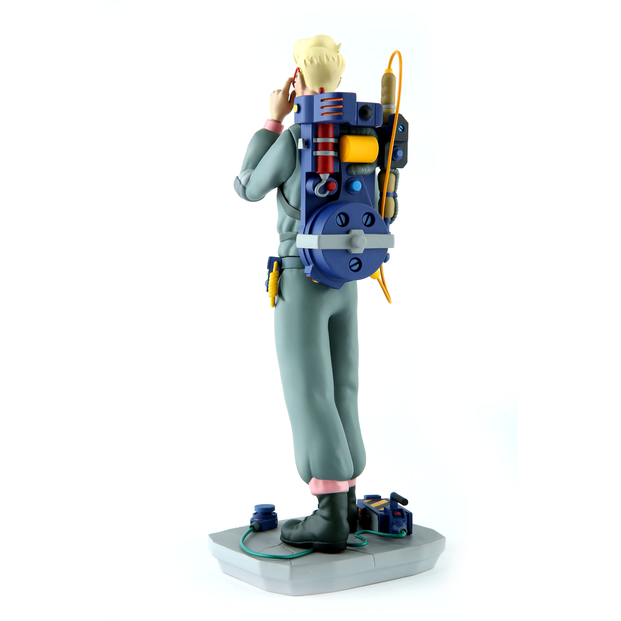 Link a Real-Ghostbusters-Egon-003