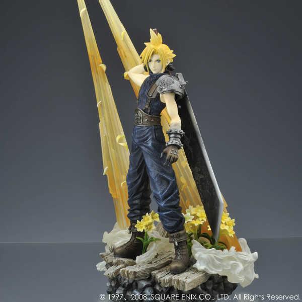 Link a Cloud Strife Final Fantasy VII Itakofocus figure Itakon.it 14