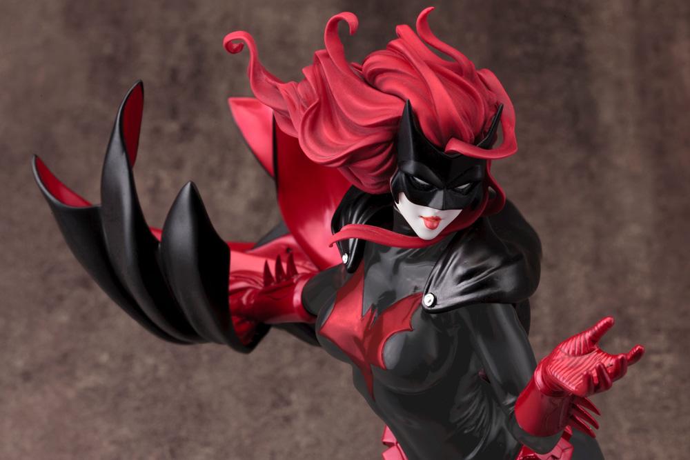 Link a Koto-Batwoman-2nd-Edition-008