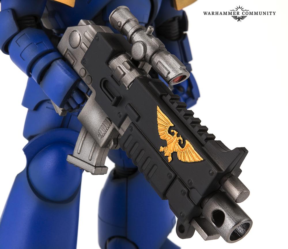 Link a Bandai-Warhammer-Space-Marine-005
