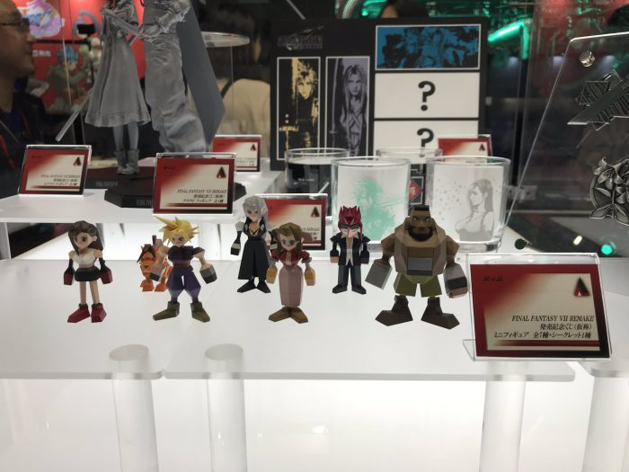 Final-Fantasy-VII-Remake-figure-Tokyo-Game-Show-Itakon.it-6-700x525.jpg
