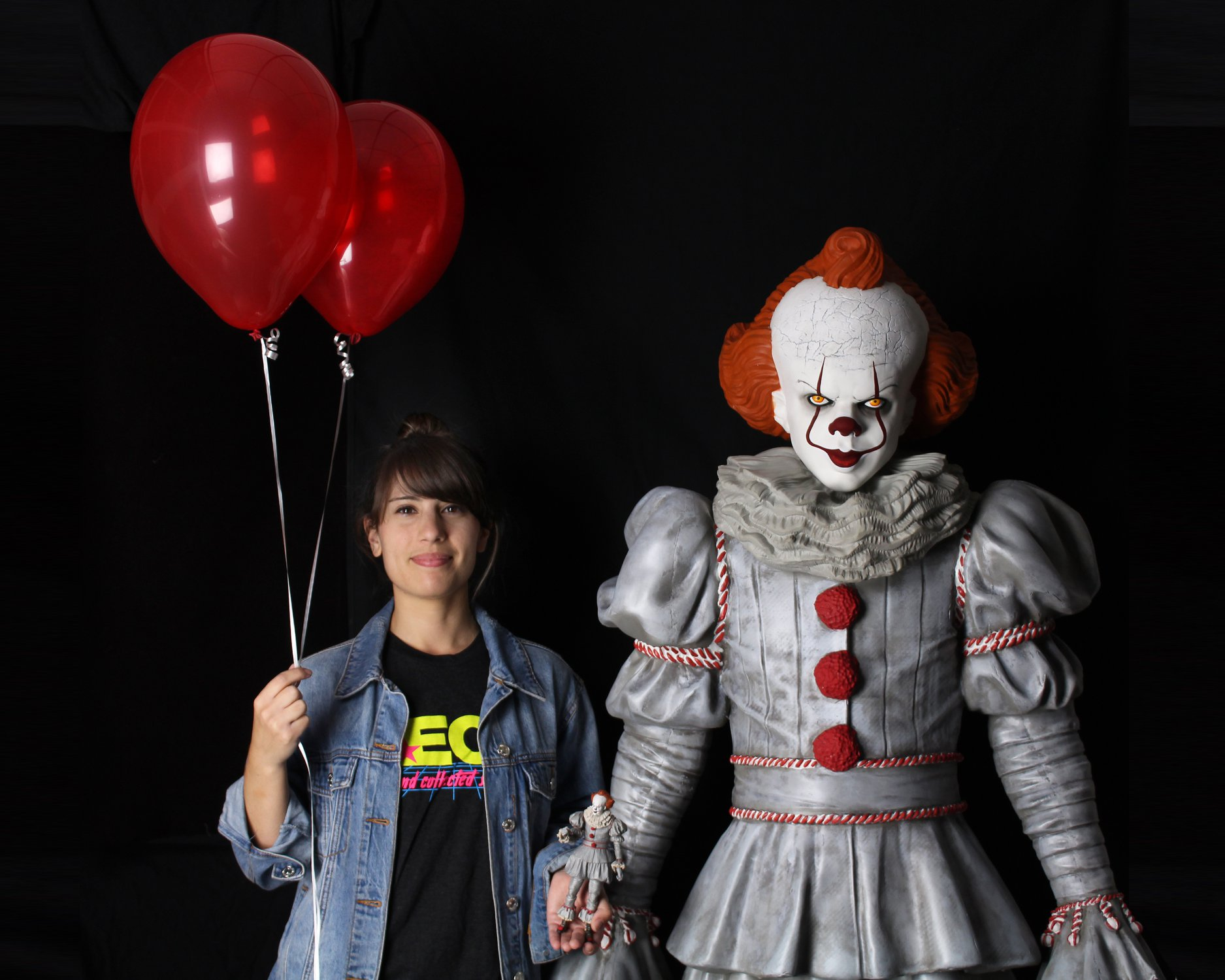 Link a NECA-Life-Size-Pennywise-010