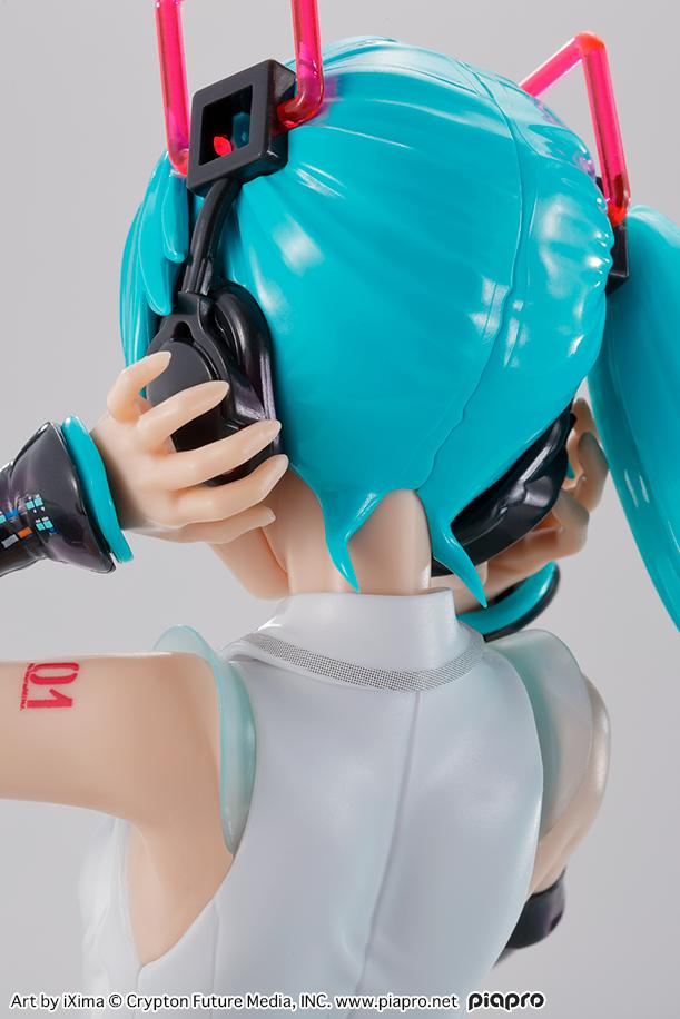 Link a vocaloid – model kit – bandai – 16