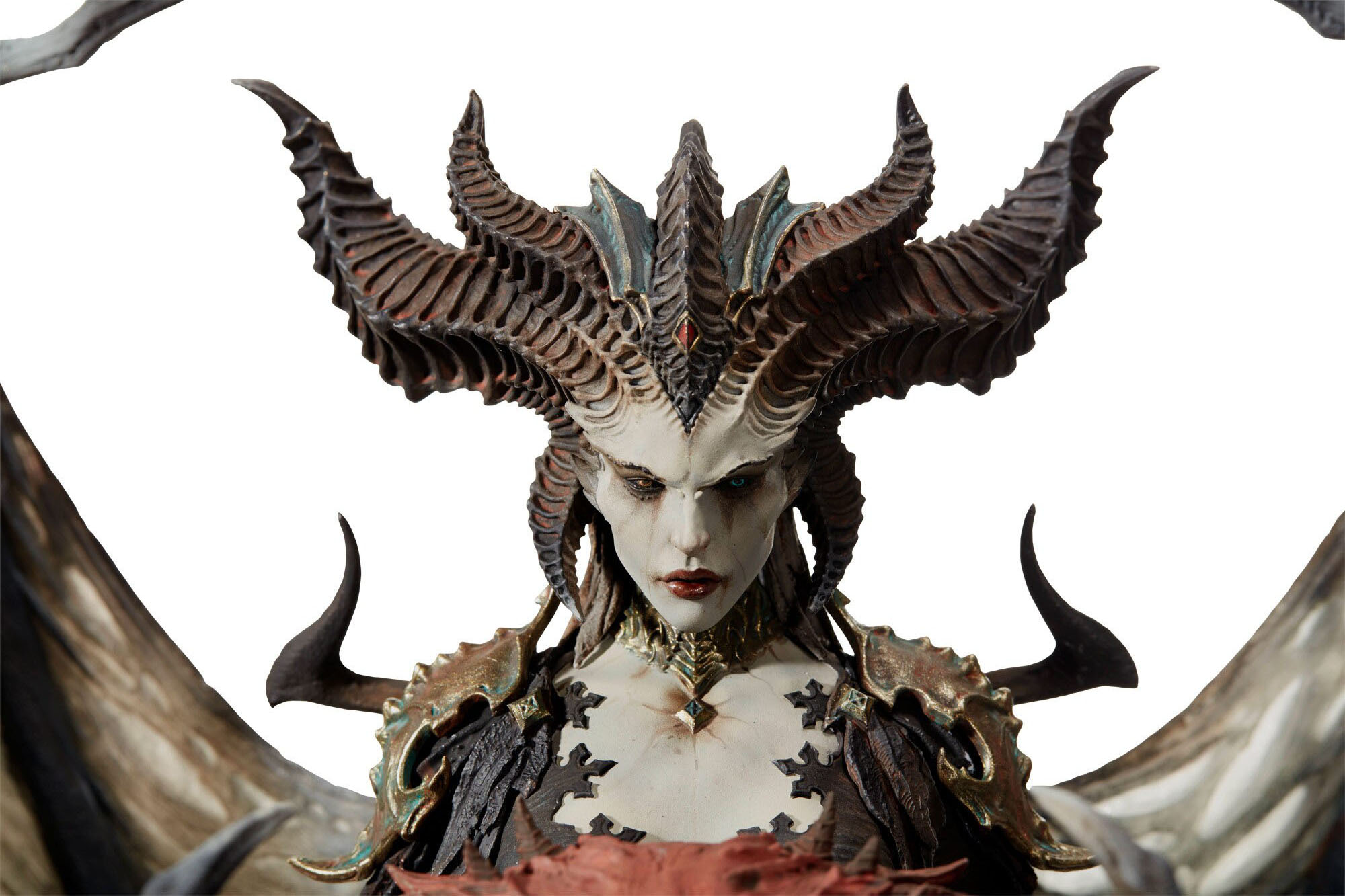 Link a Blizzard-Lilith-Statue-002