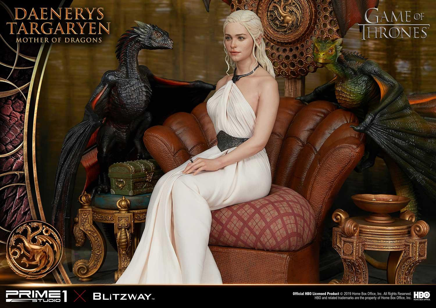 Link a Game-of-Thrones-Daenerys-Statue-016