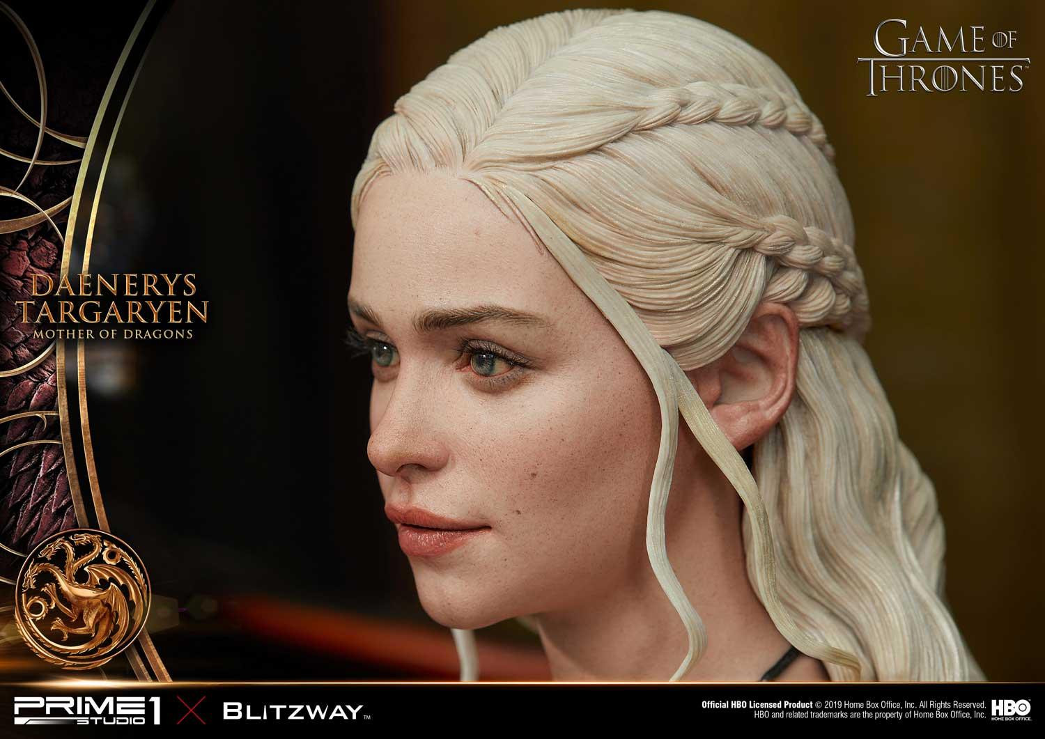 Link a Game-of-Thrones-Daenerys-Statue-020