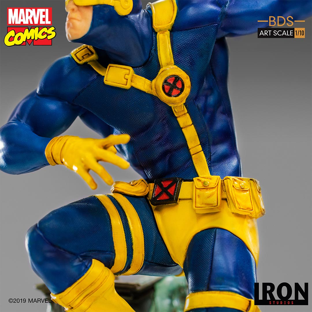 Link a Iron-Studios-Cyclops-007