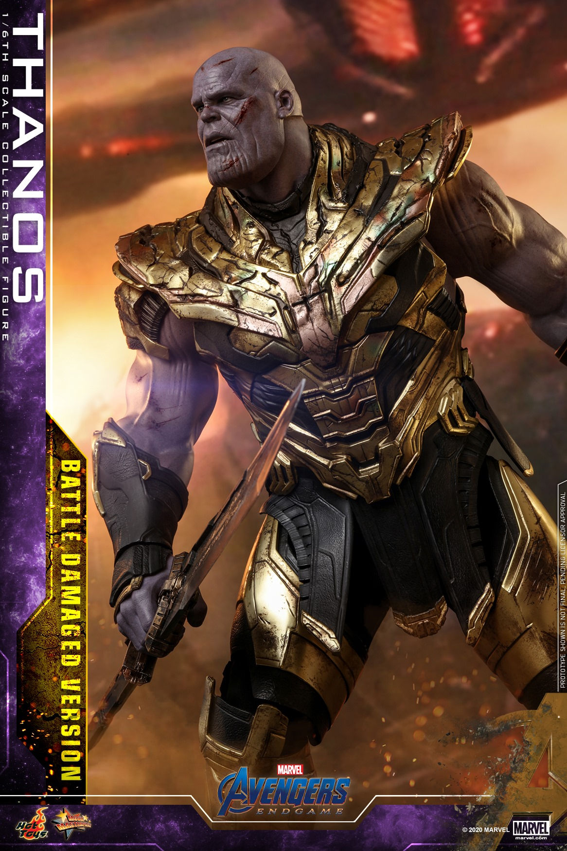 Link a Hot-Toys-Damaged-Thanos-004