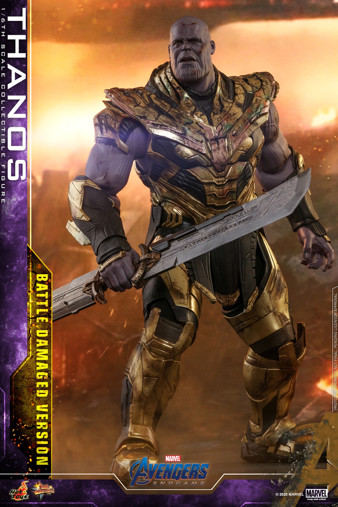 Link a Hot-Toys-Damaged-Thanos-007