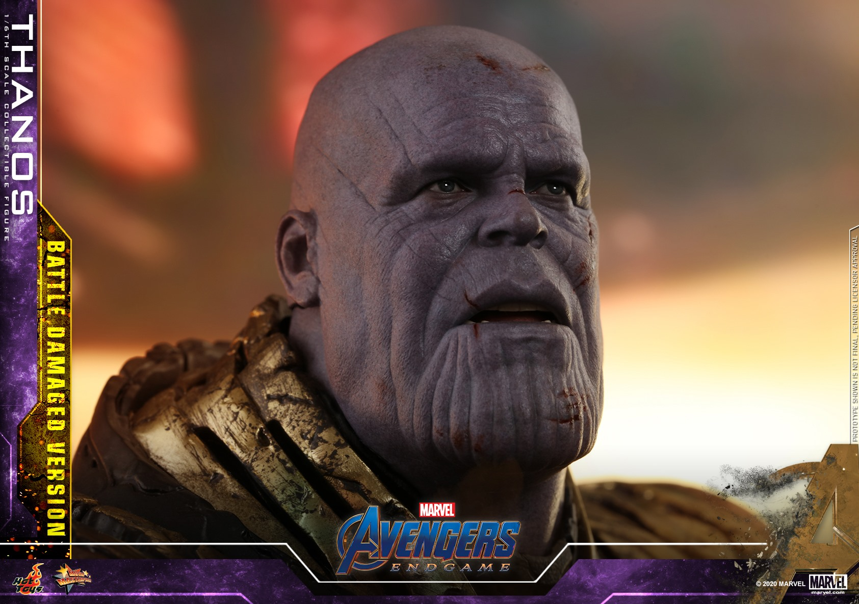 Link a Hot-Toys-Damaged-Thanos-021