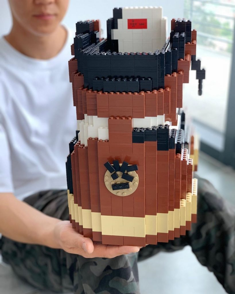 Link a Le-sneakers-in-Lego-di-Tom-Yoo-Collater.al-3-819×1024