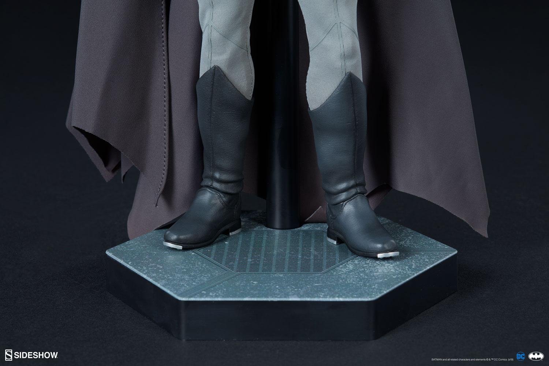 Link a Batman-Noir-Version-015