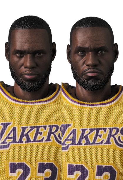 Link a LeBron James – NBA – action figure – Mafex – Medicom – 3