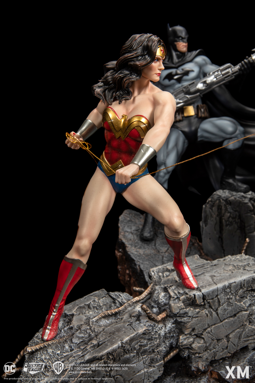 Link a Justice_League_Darkseid_XM_Studios-5