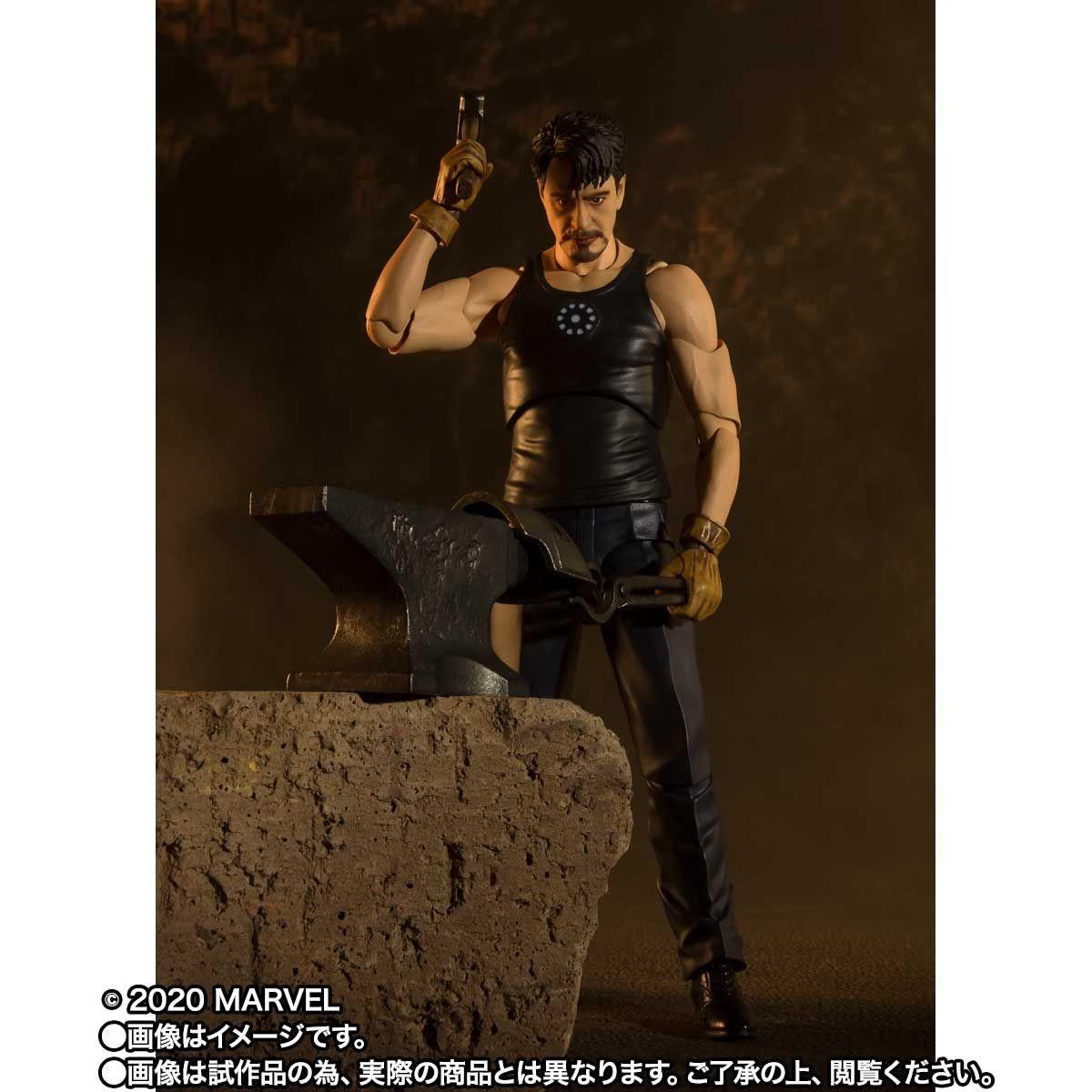 Link a Tony_Stark_Iron_Man_Birth_SH_figuarts_Bandai_Action_figure-6
