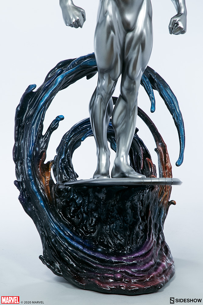 Link a Silver-Surfer-Maquette-Sideshow-Marvel-16