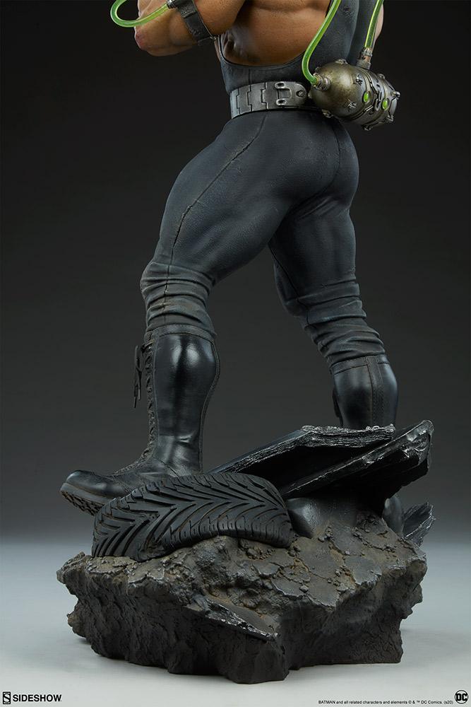 Link a Bane_Sideshow_Batman_Maquette-14