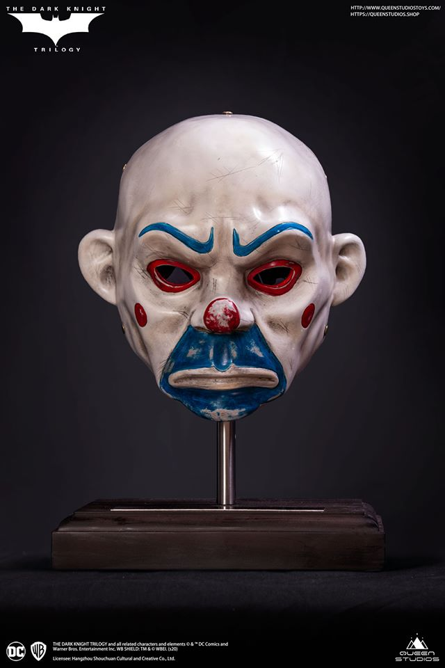 Link a Queen_Studios_joker_mask_replica-5